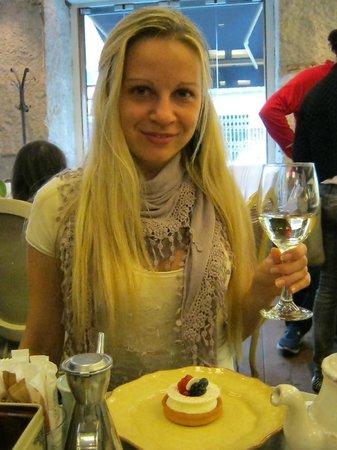 Mama Framboise: Cheers! :)
