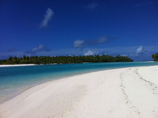Teking Lagoon Cruises : One foot island