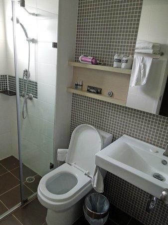 At Mind Executive Suites: Bathroom