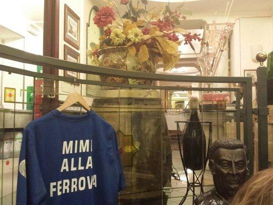 Mimi Alla Ferrovia: piano superiore