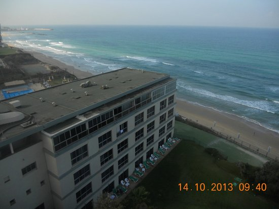 Sharon Hotel: vue sur la mer