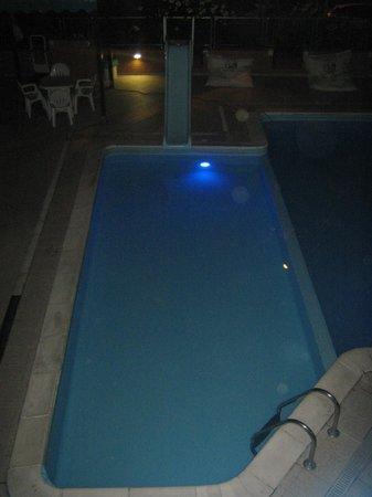 Villaggio Camping Duca Amedeo: piscina