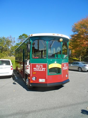 Oli's Trolley - Acadia National Park Tour: Our Trolley