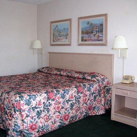 โอแกนส์วิลล์, จอร์เจีย: King Bed