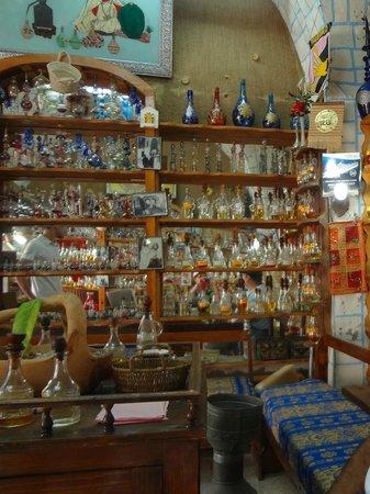 Bab El Bhar : tienda de escencias