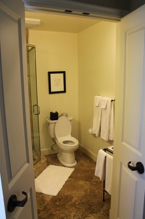 Indian Springs Resort and Spa: Bathroom
