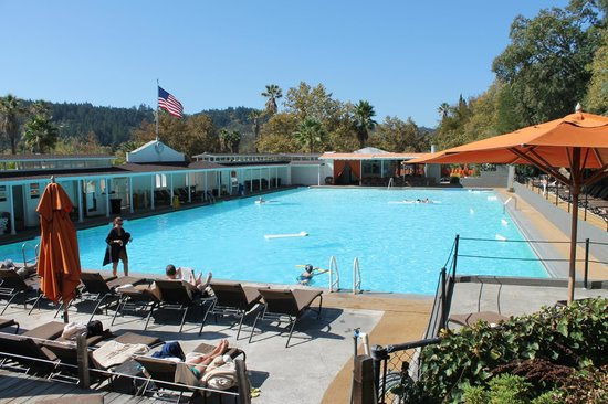 Indian Springs Resort and Spa: Olympic sized pool
