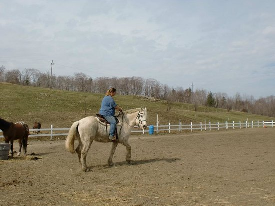 Mountain View Ranch: Myself riding Gypsy