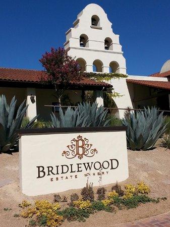 Bridlewood Estate Winery: Entrance