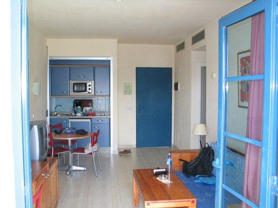THB Tropical Island: Bra utstyrt leilighet, 2 rom.