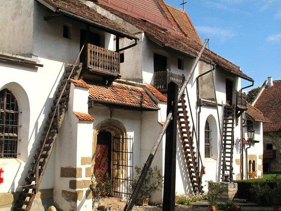 Villa Prato: nearby Harman village (fortified church)