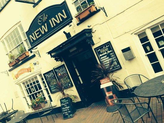 The New Inn: Outside