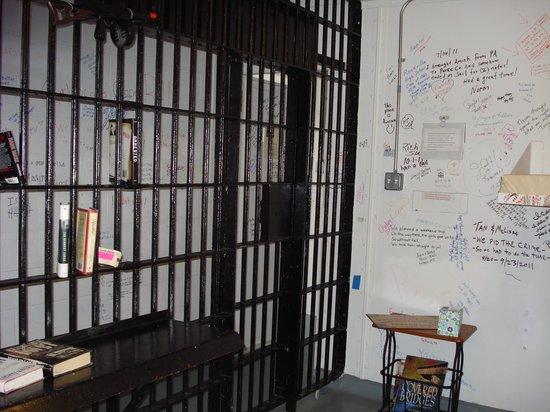 Old Jail Inn-Parke County: Inside our cell