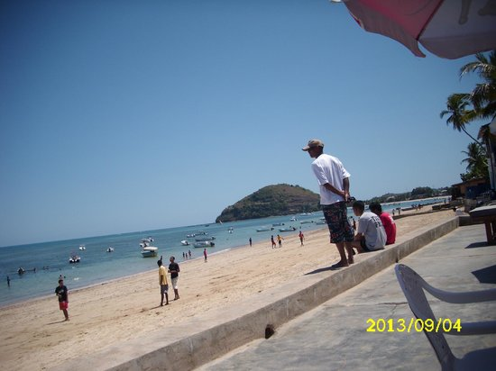 La Residence D'ambatoloaka : vista spiaggia ambatoloka dal ristorante