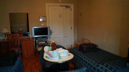 Albergo Centrale : triple room