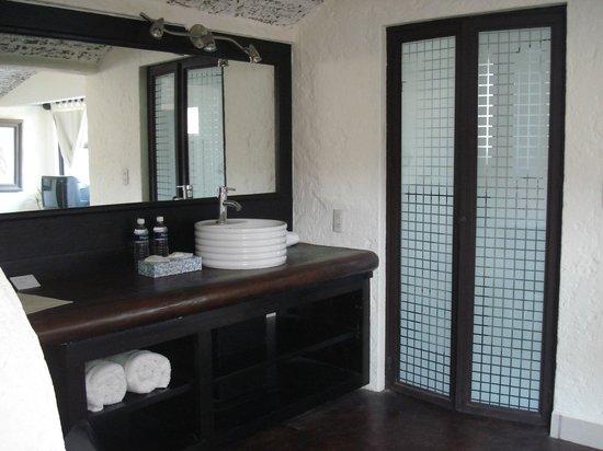 Hotel Casa Blanca San Miguel : Baño Junior