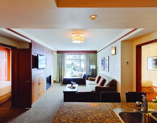 Pan Pacific Whistler Village Centre: Typical Two Bedroom Suite