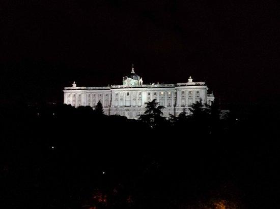 ApartoSuites Jardines de Sabatini: Palace