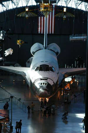 Smithsonian National Air and Space Museum Steven F. Udvar-Hazy Center: Discovery!