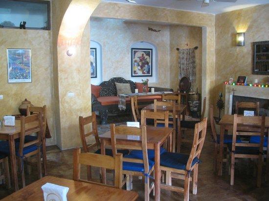 El Buen Cafe: Cafe Dining Room