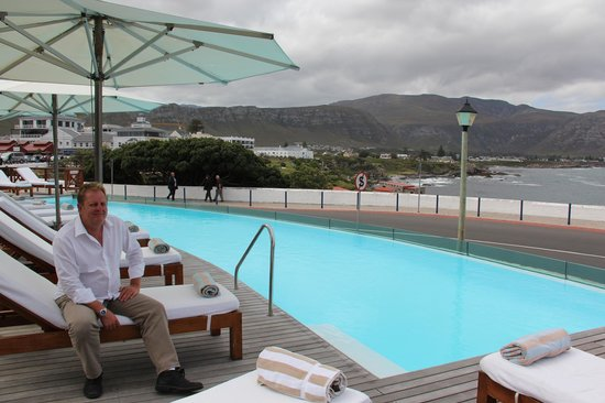 Harbour House Hotel: pool area overlooking the harbour
