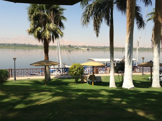 Mercure Luxor Karnak: View of the Nile from the pool area