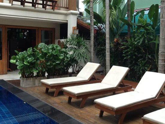 Vieng Mantra Hotel: pool area