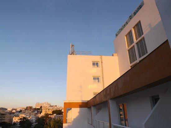 Hotel Ibiza Playa: 2 tetto hotel - antenne
