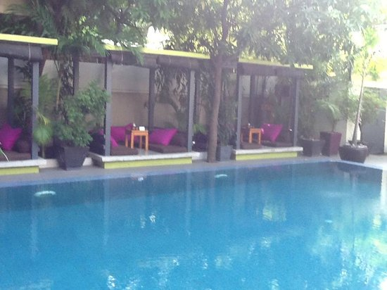 the 252: pool with cabanas