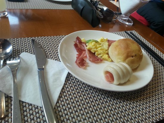 Olympic Mingdu International Hotel : Café da manhã