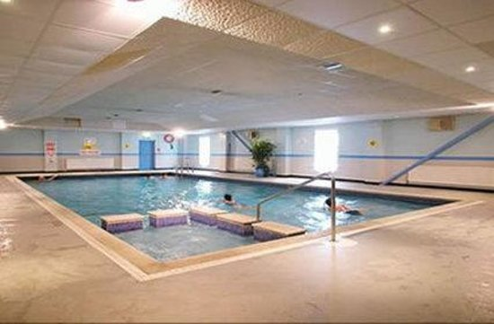 swimming pool picture of grand burstin hotel folkestone. Black Bedroom Furniture Sets. Home Design Ideas