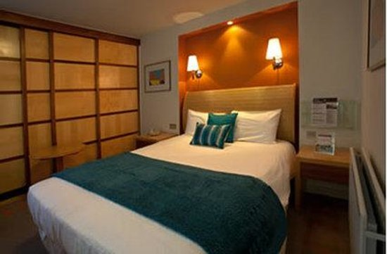 Britannia Bolton Hotel: Executive Double Room