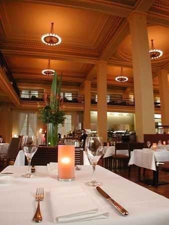 Apartments @ Melbourne: The Sebel Melbourne Treasury Restaurant