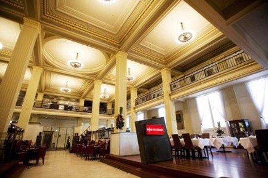 Apartments @ Melbourne: Treasury Restaurant