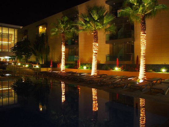 Golden Residence : piscine
