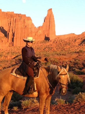 BackCountry Trail Rides-Day Trips