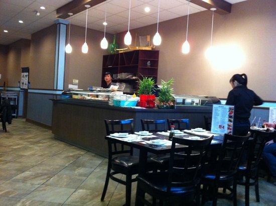 QQ Sushi & Chinese Restaurant: QQ Sushi