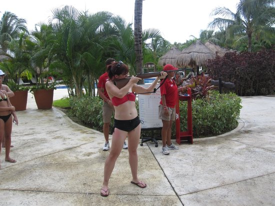 valentin imperial riviera maya rifle shooting with activities staff