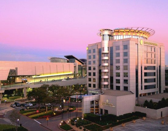 InterContinental Johannesburg OR Tambo Airport: Proximity to the airport is a key feature