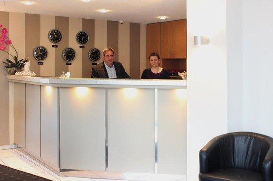 Halbersbacher Airport Hotel Frankfurt: Reception