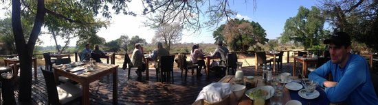 Lion Sands River Lodge : The beautiful Dining Deck overlooking Sabi River