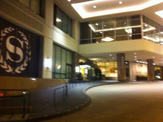 Sheraton Seattle Hotel : Nice location