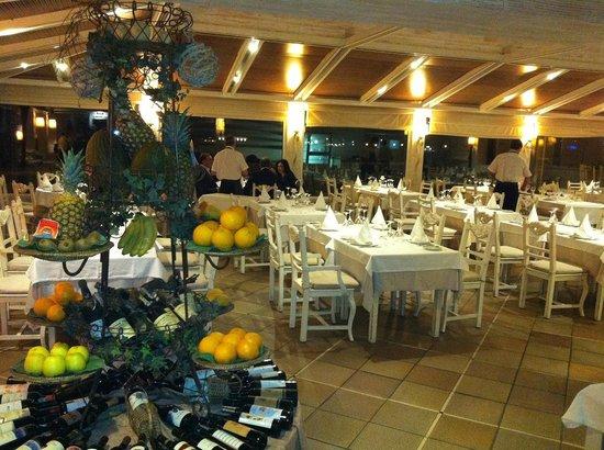 O Faroleiro: elegant interior