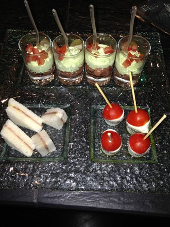 Baglioni Hotel Regina: Wonderful bar treats