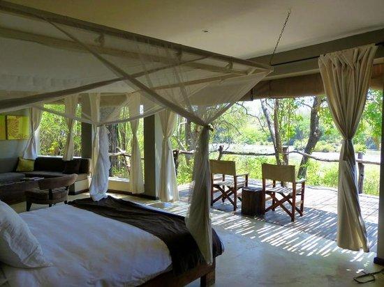 Mkulumadzi Lodge: Room