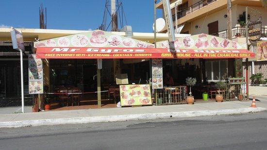 Mr Gyros: das Restaurant von aussen - angenehme Atmosphäre
