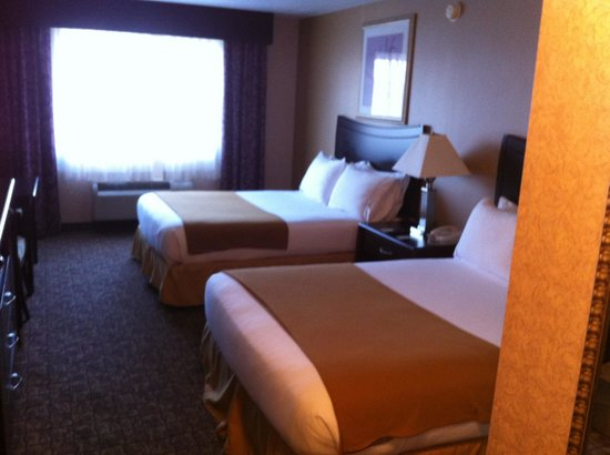 Holiday Inn Express Spokane Downtown: nice room