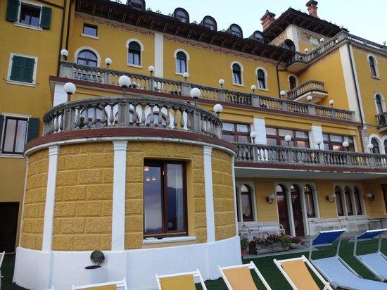 Grand Hotel Astoria: Terrace