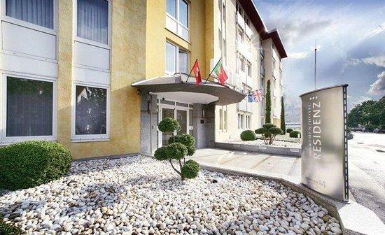 Apartmenthotel Residenz Steinenbronn: Entrance