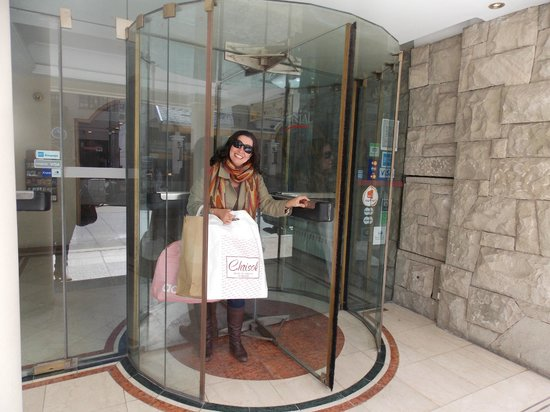 Hotel Cristal: Entrada do Hotel